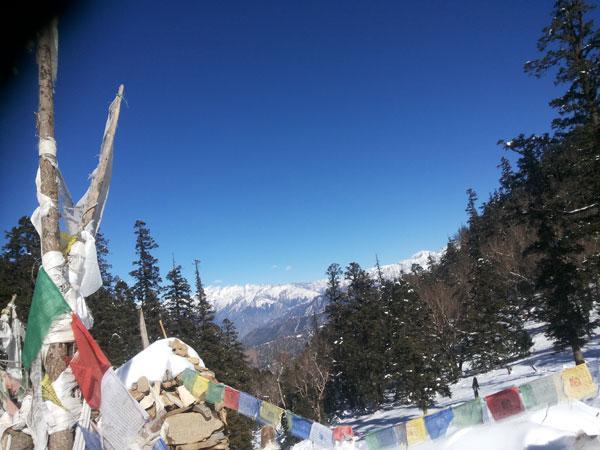 Ghochi Lek(3500) is boarder between Rara Lake(Mugu) and Jumla