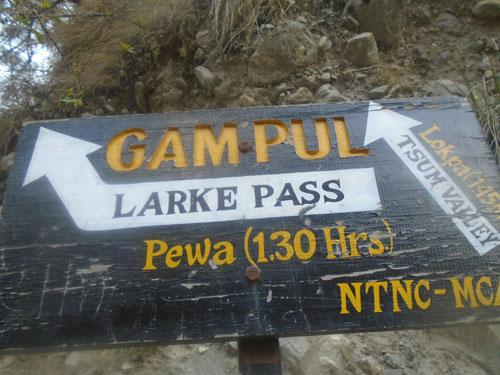 14 days Manaslu trek itinerary