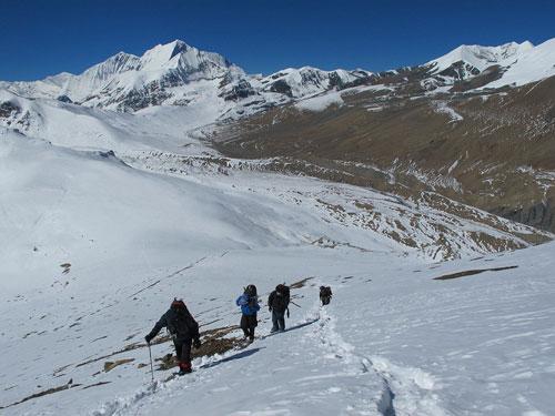 Dhaulagiri-circuit-trek-cost