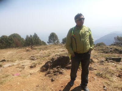 manaslu trek guide naba thapa. without guide no possible manaslu trek but without package we manage the manaslu trekking
