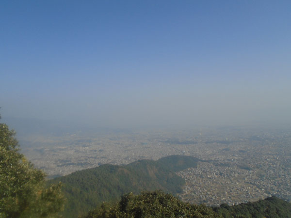 family-hiking-kathmandu-val