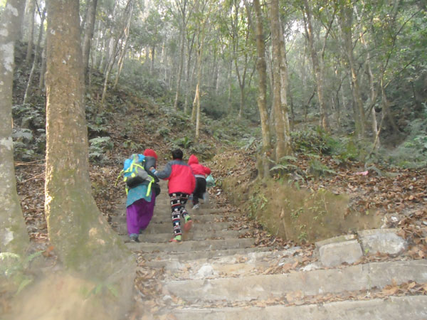 Kathmandu best hiking, Best hiking destination in Kathmandu, Kathmandu hiking points, hiking around kathmandu