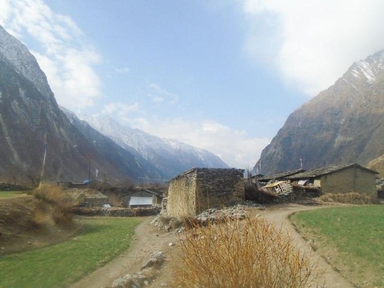 Manaslu trekking Nepal, manaslu valley